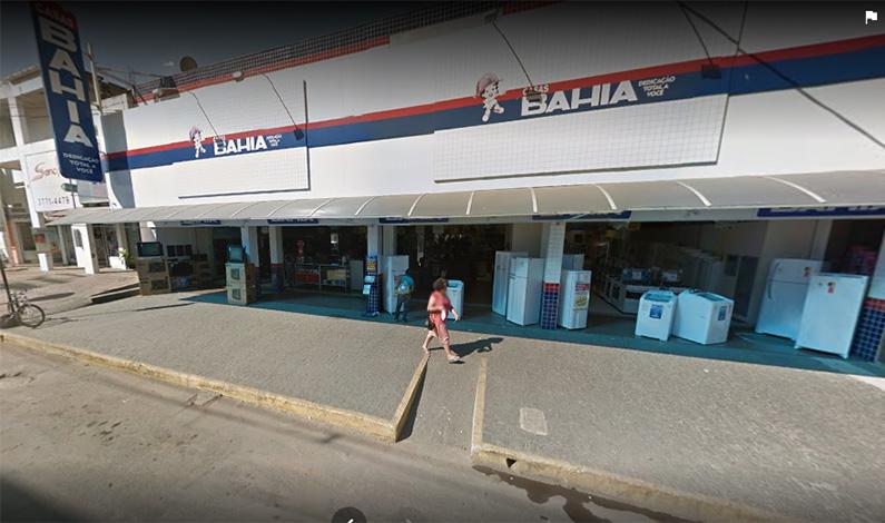 Homem armado invade Casas Bahia e leva cerca de R$ 3 mil do caixa
