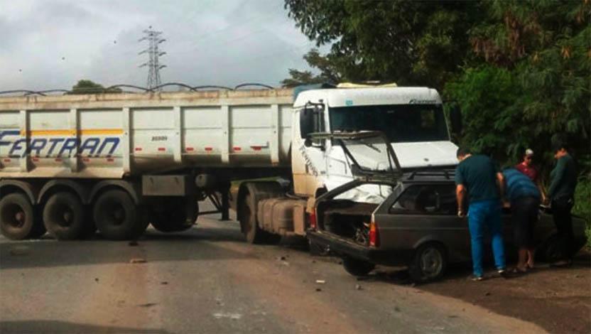 Acidente deixa um ferido e trânsito lento na MG 424, próximo a Pedro Leopoldo