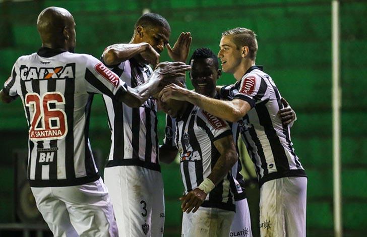 Galo goleia fora de casa e praticamente se garante nas oitavas da Libertadores