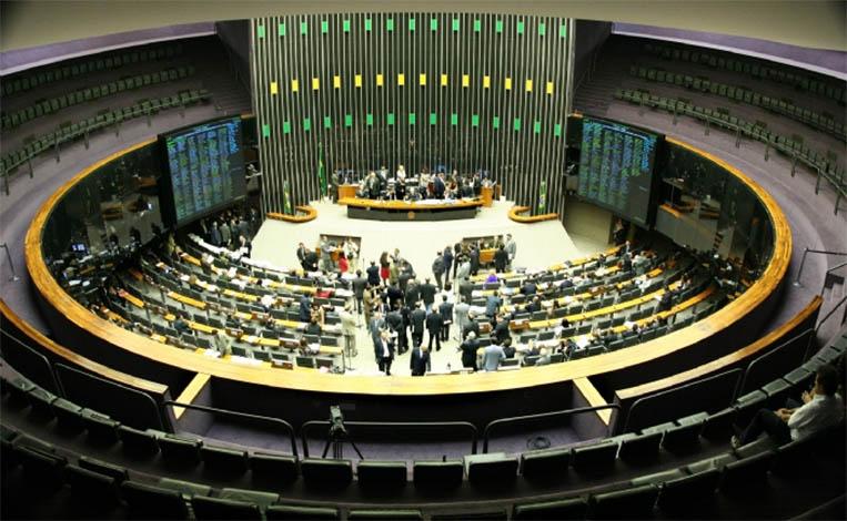 PL sobre recuperação fiscal dos estados é aprovado na Câmara