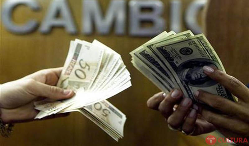 Após disparar 8% na véspera, dólar abre o dia a R$ 3,34: queda de 1,4%