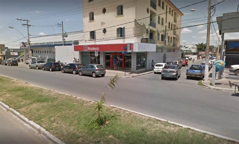 Mulher sofre sequestro relâmpago ao sair de agência bancária no Canaã