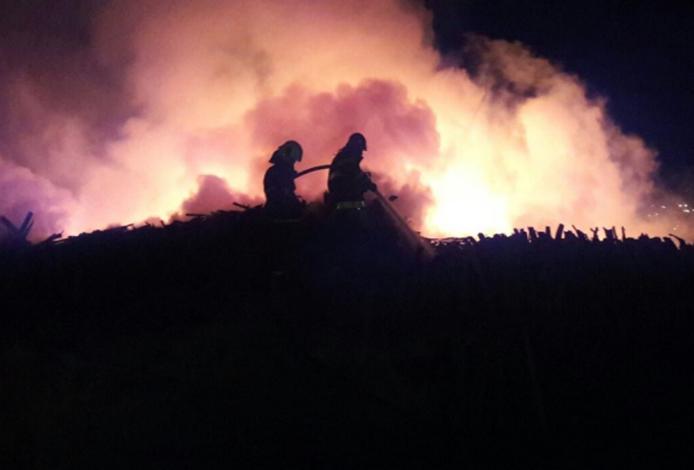 Bombeiros controlam incêndio de grandes proporções em Matozinhos