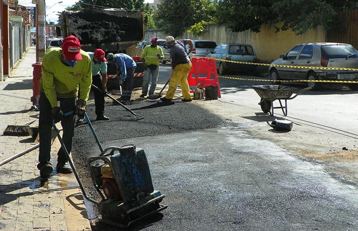 Saee diz que tapa-buracos em Sete Lagoas já chegou a 35 bairros