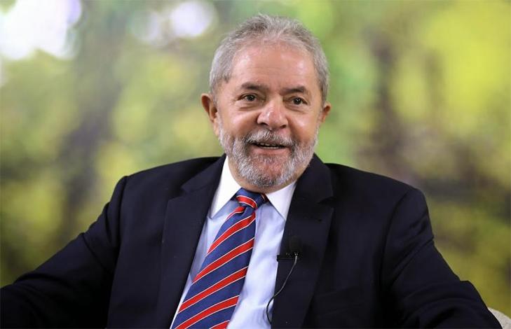Moro condena Lula a nove anos e meio de prisão por corrupção no caso do triplex