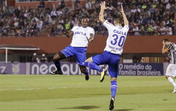 Raposa fica no empate com o Fluminense no Rio de Janeiro