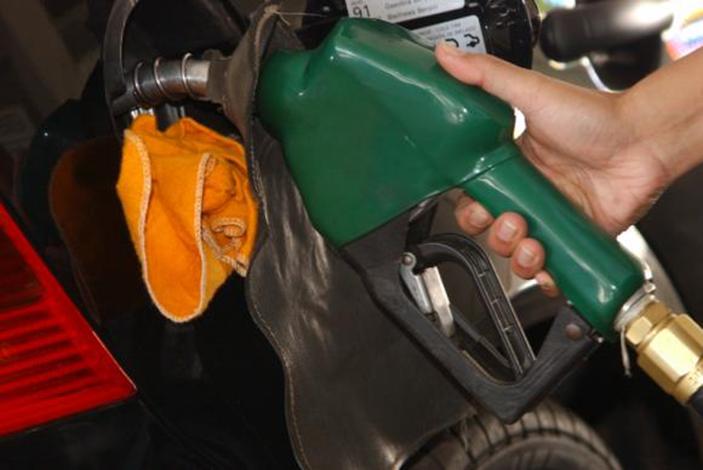 Litro da gasolina pode ficar R$ 0,41 mais caro nos próximos dias