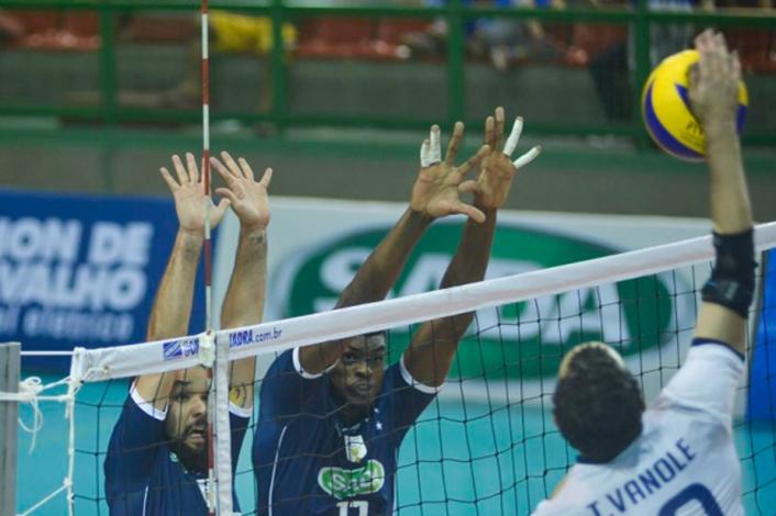 Sada Cruzeiro e Minas Tennis Clube jogam no ginásio do Unifemm pelo Campeonato Mineiro