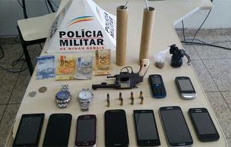 Polícia apreende explosivos e produtos de roubos em Ribeirão das Neves