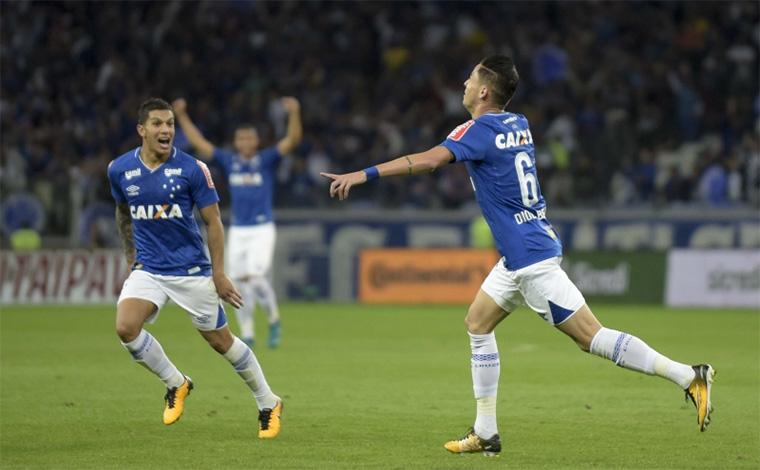Cruzeiro despacha o Palmeiras e é semifinalista da Copa do Brasil