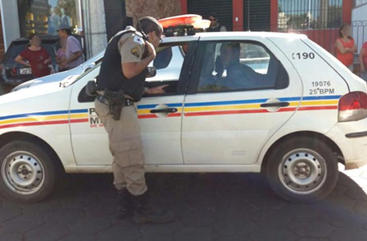 PM captura traficantes com crack, maconha e cocaína em Sete Lagoas