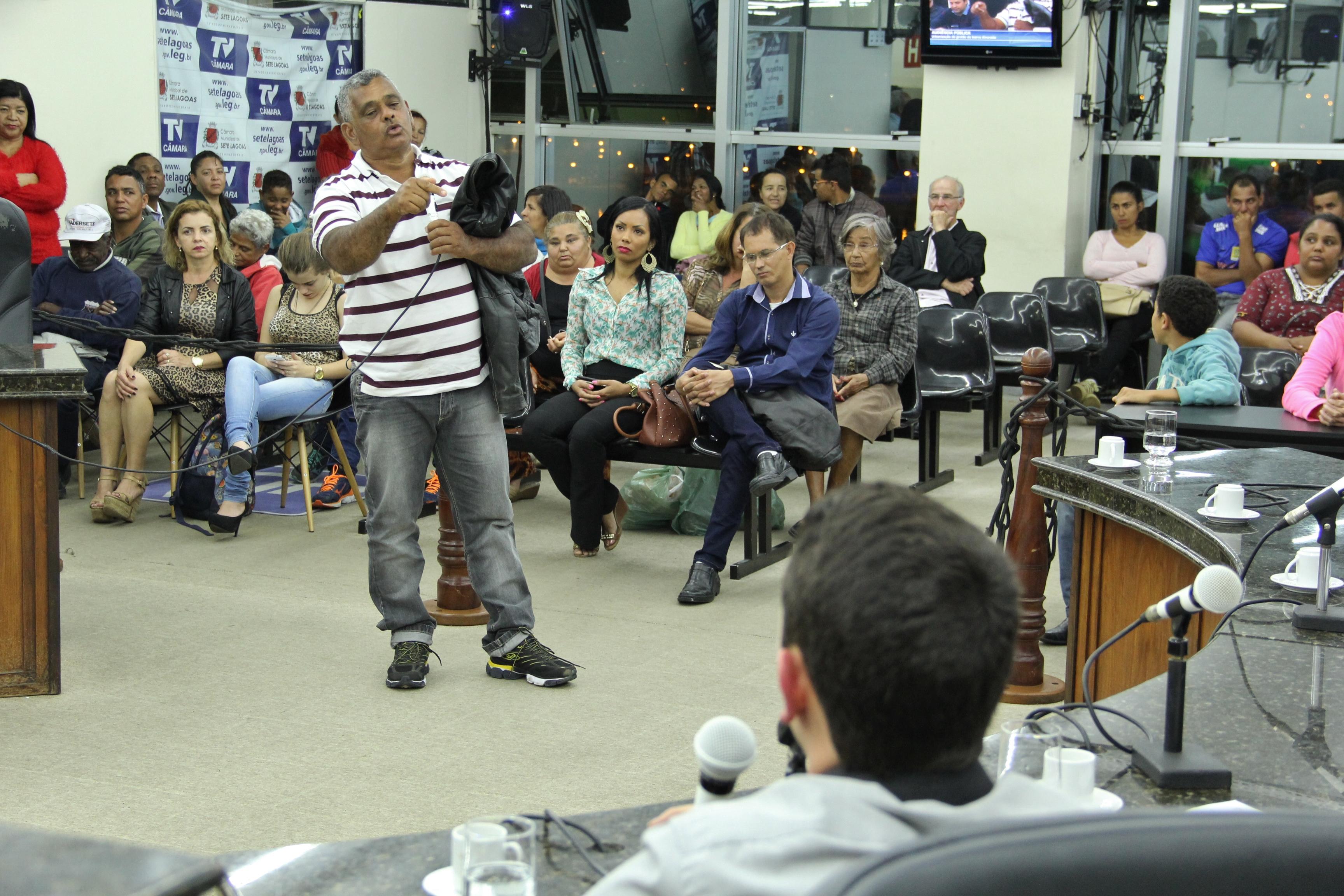 Prefeitura se compromete a tomar providências no Grotão do Alvorada