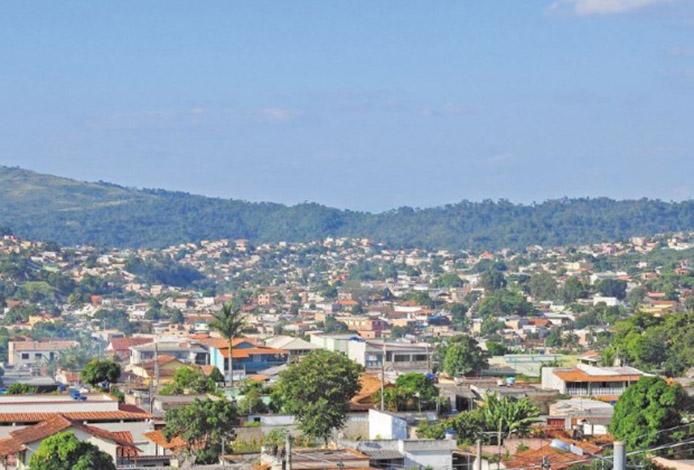 Cabeça humana é encontrada em decomposição em Ribeirão das Neves