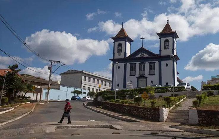 Reabertura do trânsito no entorno da Catedral será debatida na Câmara