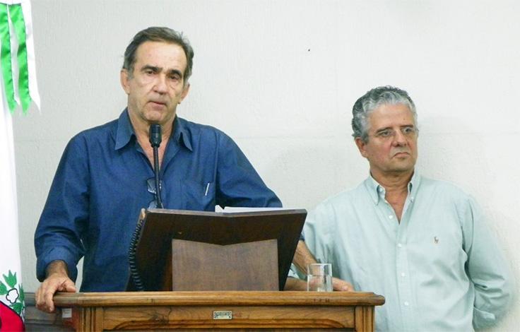 Prefeitura oficializa licença de Arnaldo Nogueira e anuncia substituto no Saae