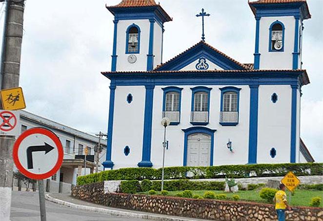 Trânsito no entorno da catedral de Santo Antônio deve ser reaberto