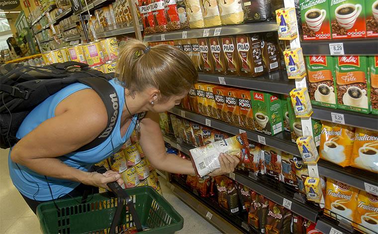 Mercado financeiro projeta aumento da inflação pela quinta vez seguida