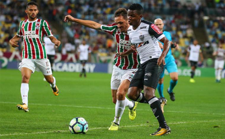 Galo leva gol no fim e perde para o Fluminense no Rio de Janeiro