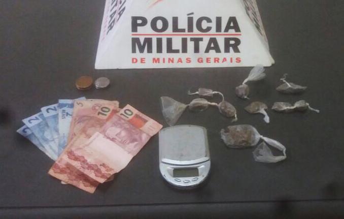 Jovem é presa por tráfico de drogas em Caetanópolis