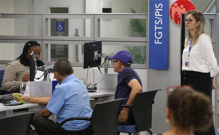 Publicada Medida Provisória que libera saque do PIS/Pasep para idosos