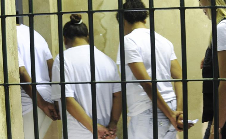 População carcerária feminina cresce quase 700% em 16 anos