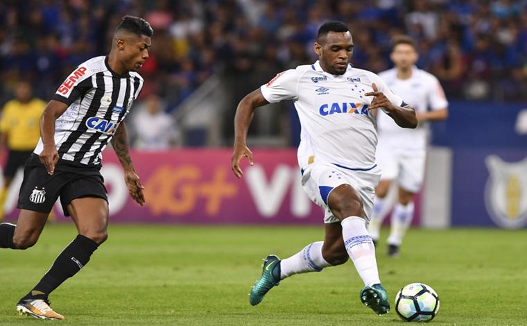 Cruzeiro vacila, empata em casa, mas permanece no G6