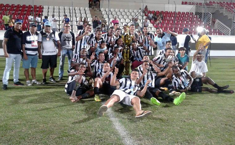 Ideal goleia o Industrial e é campeão do Campeonato Regional de Futebol Amador