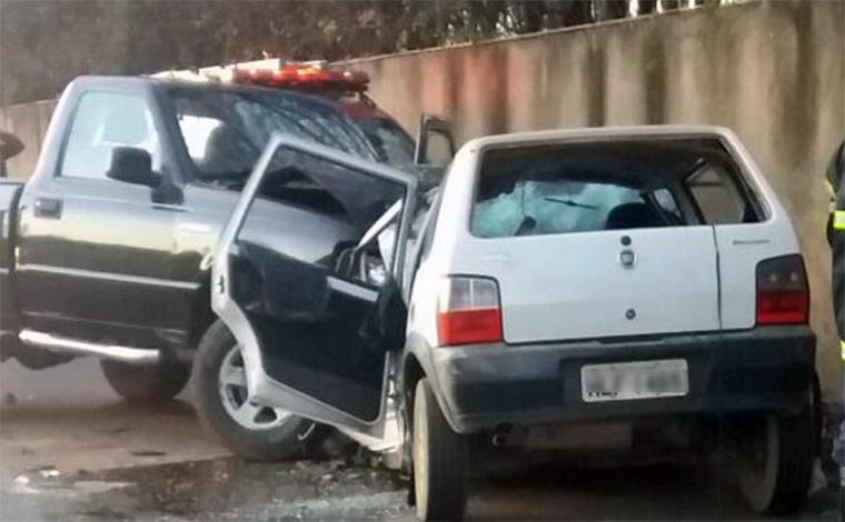 Jovens morrem em acidente com motorista suspeito de embriaguez