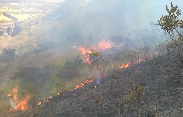 Temperaturas continuarão a subir em Sete Lagoas e risco de queimadas permanece