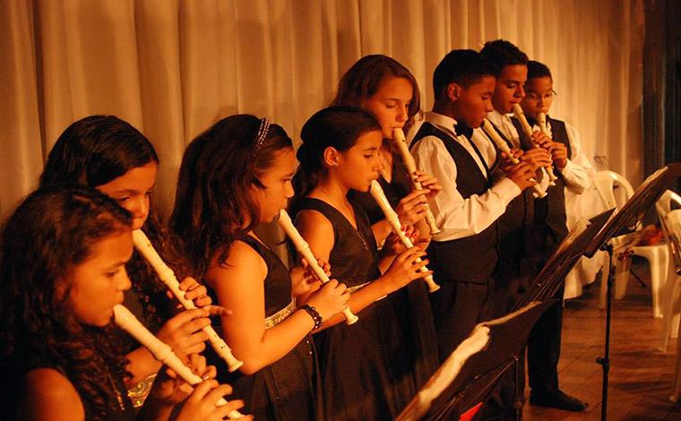 Pediatria do HNSG recebe apoio da Orquestra Jovem para arrecadar fundos