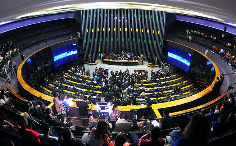 Semana é de expectativa para Reforma Política e denúncia contra Temer