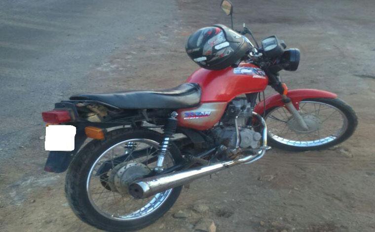 Jovem é preso no Bairro Várzea da Palma por receptação de moto roubada