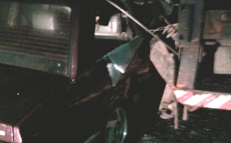 Dois acidentes no mesmo ponto da Perimetral deixam quatro pessoas feridas