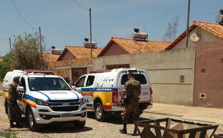 Giro Policial - PM faz várias prisões e apreensões de armas e menores