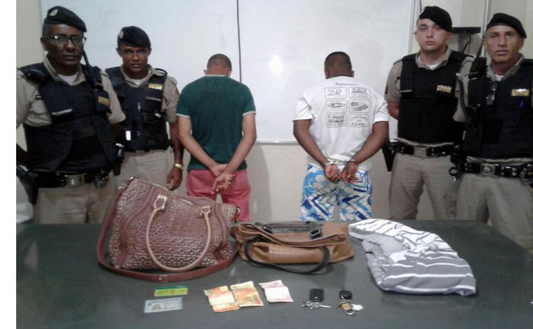 Ladrões são presos após cometerem assalto a mão armada em Caetanópolis