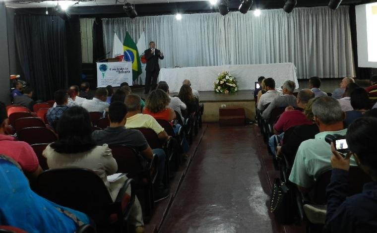 Seminário debate formas de aumentar receita dos municípios