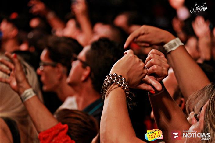 Veja as fotos dos shows do fim de semana no Parque de Exposições JK