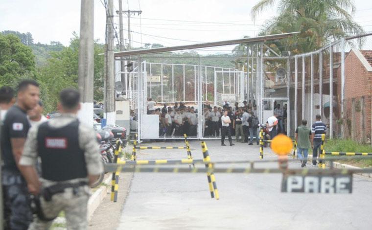 Secretário de Administração Prisional diz que Estado não vai tolerar atentados