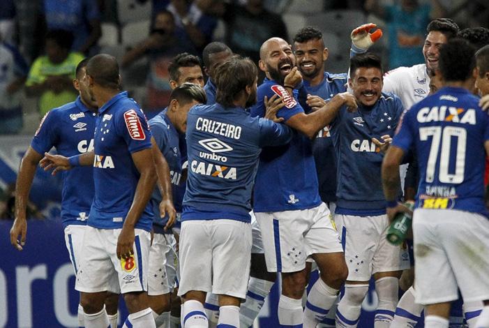 Galo e Raposa avançam às quartas de final da Copa do Brasil
