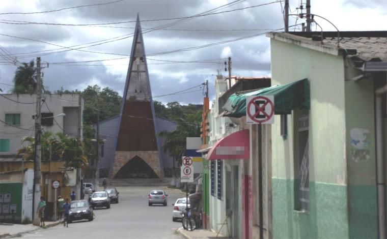 Jovem ex-presidiário escapa de tentativa de homicídio em Inhaúma