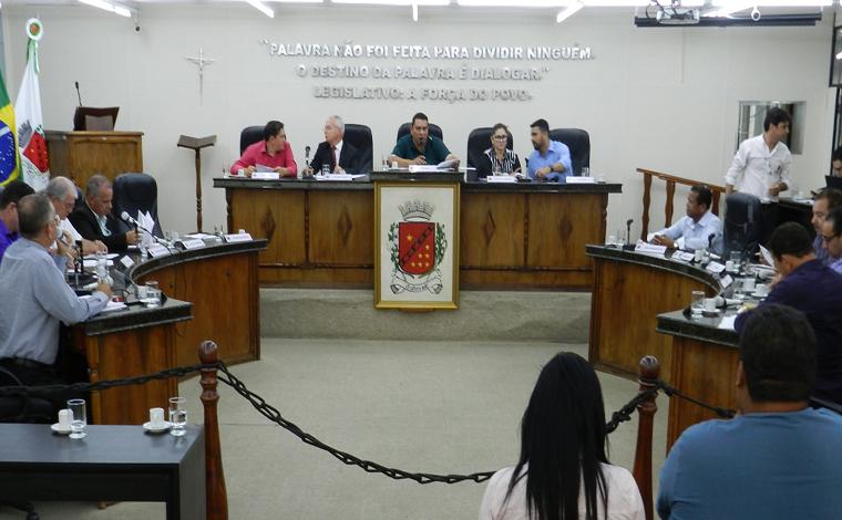 Câmara aprova pauta de votações e reunião transcorre sem polêmicas