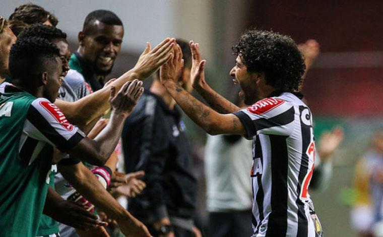 Atlético vence xará Goianiense e ainda sonha com a Libertadores