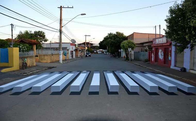 Caetanópolis incia instalação de faixas de pedestres em 3D