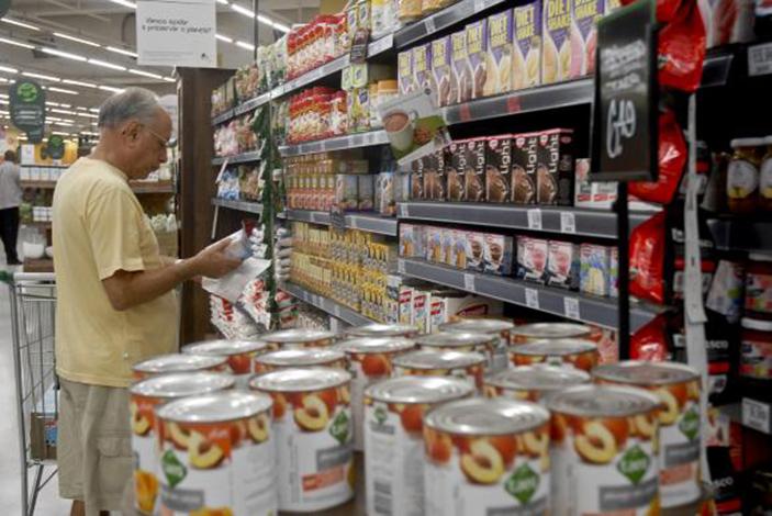 Preços de alimentos voltam a cair e aliviam a inflação