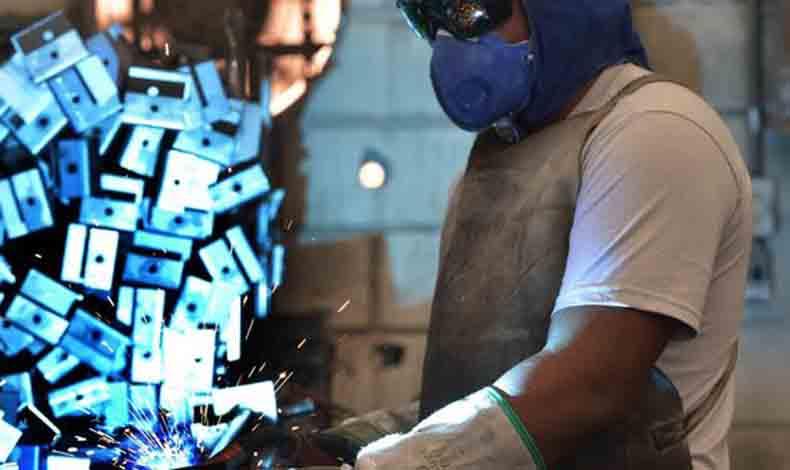 Presos ocupam um em cada quatro postos de trabalho em fábrica de Ribeirão das Neves