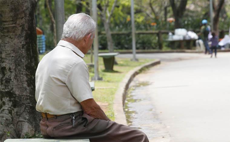 Expectativa de vida do brasileiro é de 75 anos e oito meses, segundo o IBGE