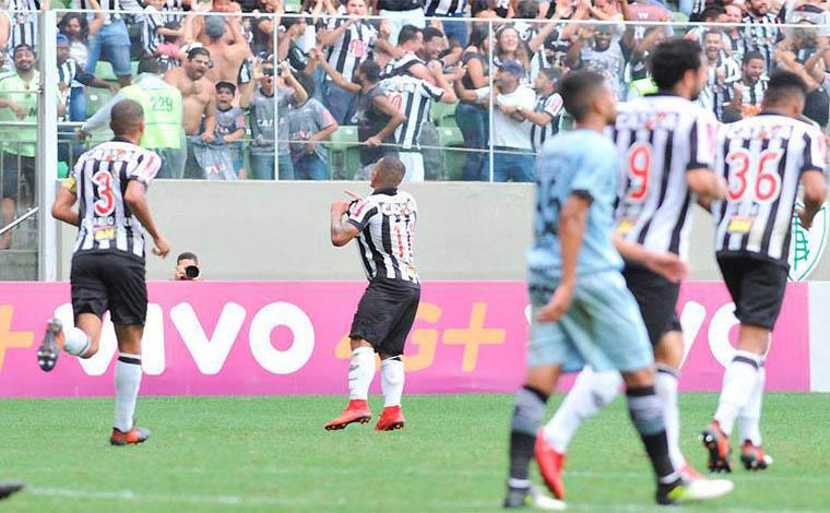 Galo sofre com time C do Grêmio, mas vence e ainda pode ir à Pré-Libertadores