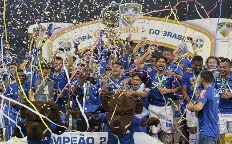 Cruzeiro lidera ranking da CBF junto com o Palmeiras