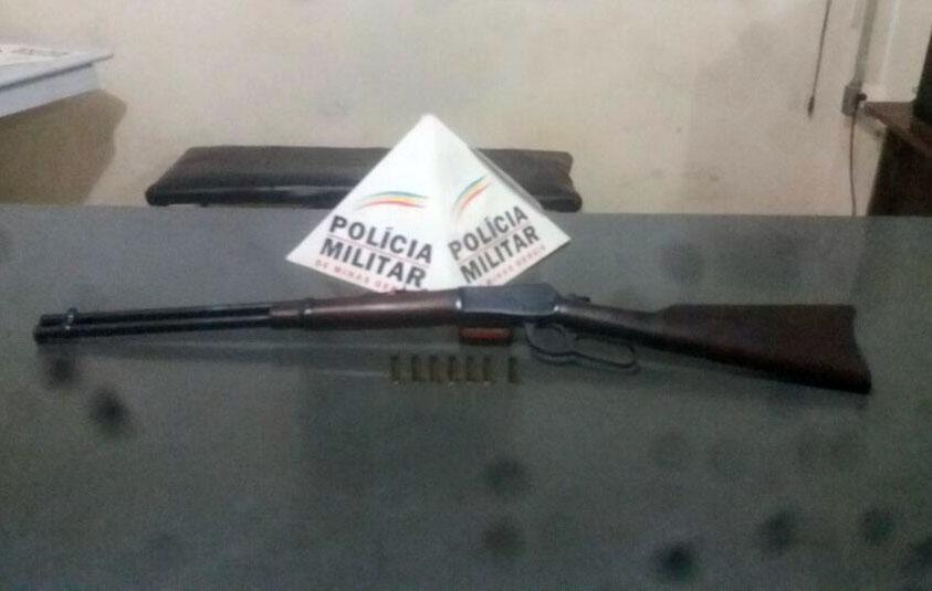 Idosa de 74 anos é presa em Paraopeba por porte ilegal de arma de fogo