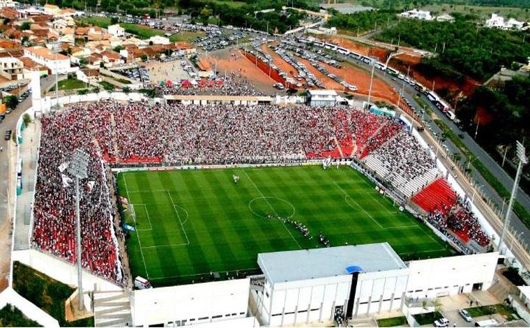 Arena do Jacaré recebe 1º Futebol Solidário neste sábado